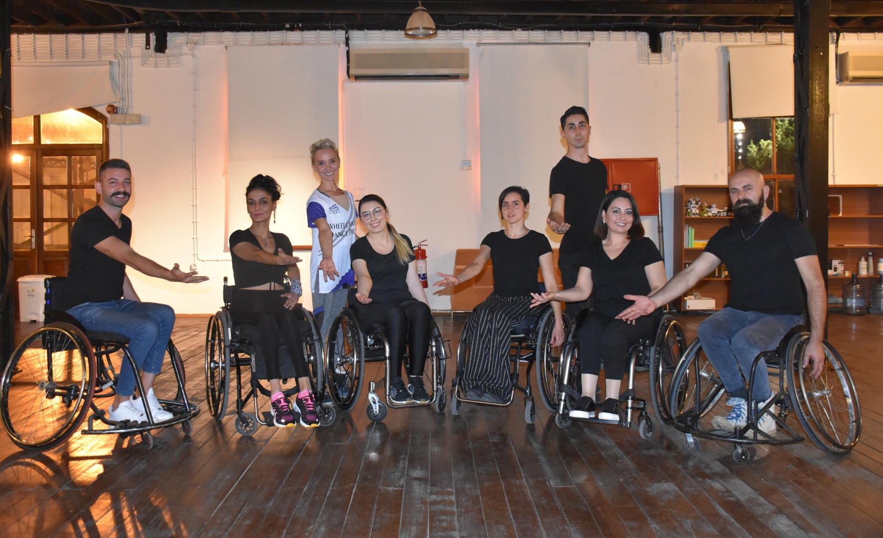 SMA'lı Sude, tekerlekli sandalyede dansla hayata tutundu
