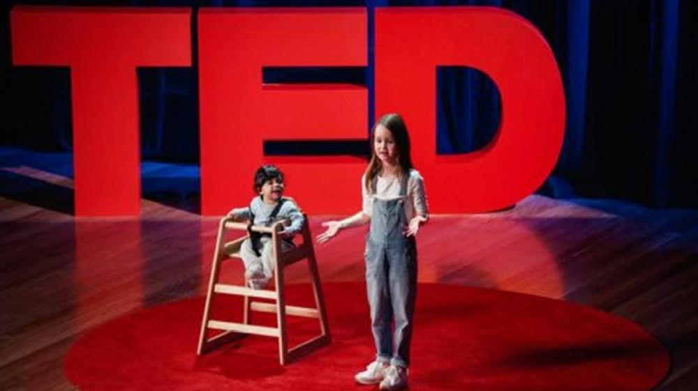 7 yaşında TED'de konuştu