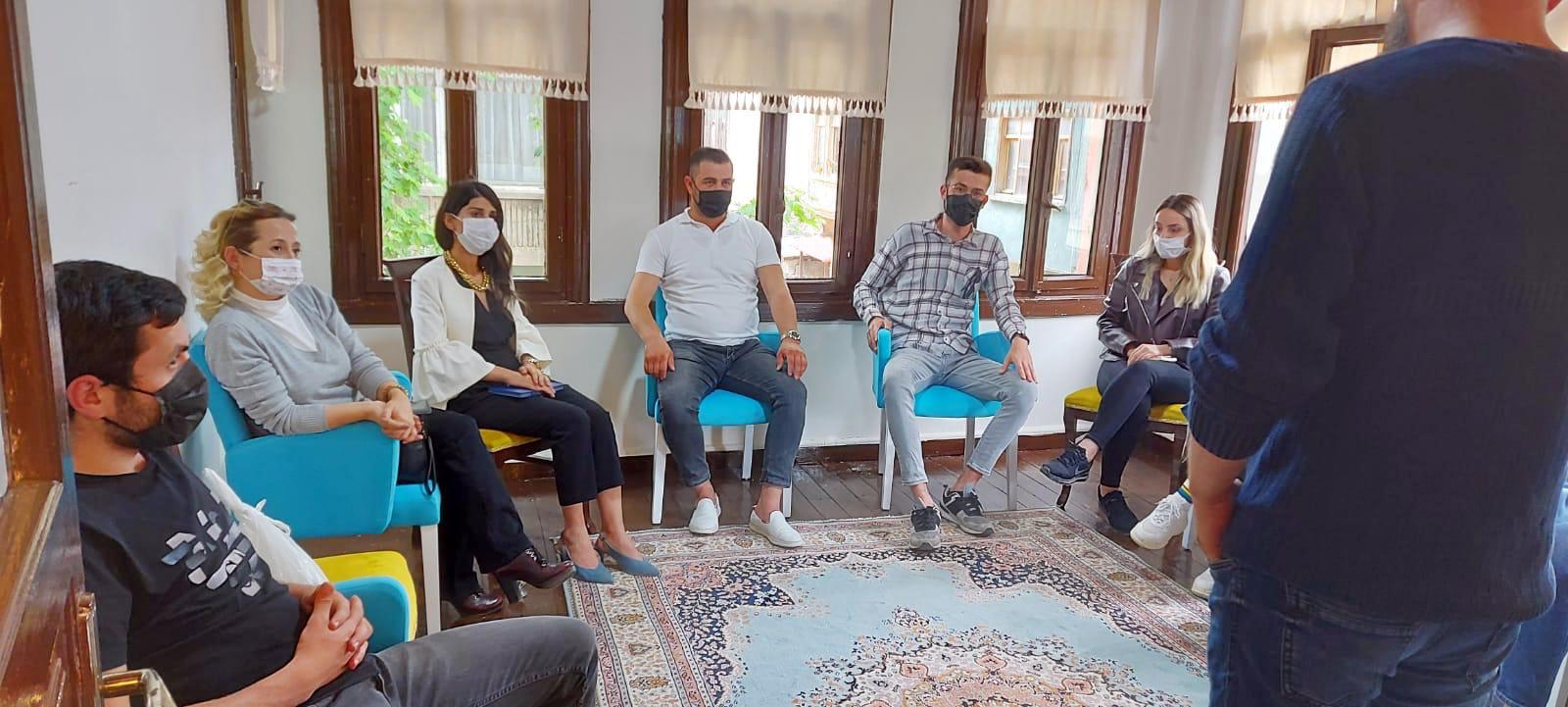 Bursa Mudanya'da genç ve kadın girişimcilere DEVA'dan akademik eğitim