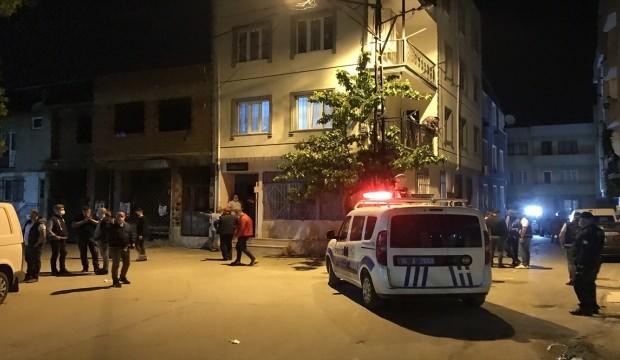 Bursa'da silahlı kavgada 1'i polis iki kişi yaralandı