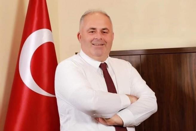 Çatalca Belediye Başkanı Mesut Üner 5000 bin fidan bağışladı
