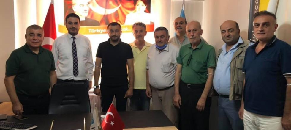 CHP'li Ramis Topal'dan  İYİ Parti'ye ziyaret