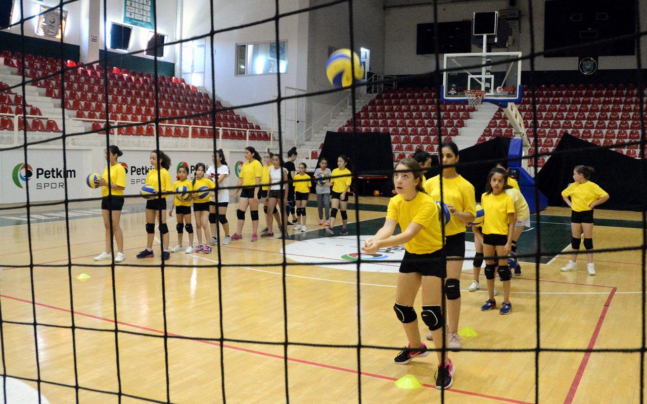 İzmir Aliağa 'yaz spor okulları'nı açıyor