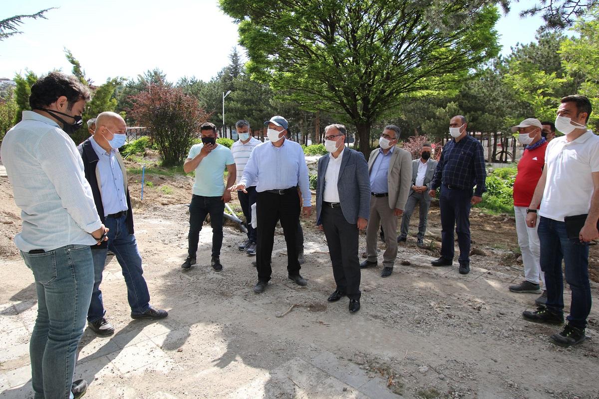 Kayseri'de 15 Temmuz Şehitler Parkı'nda hummalı çalışma