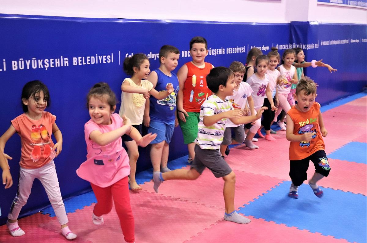 Kocaeli Büyükşehir'den yaz okulu atılımı