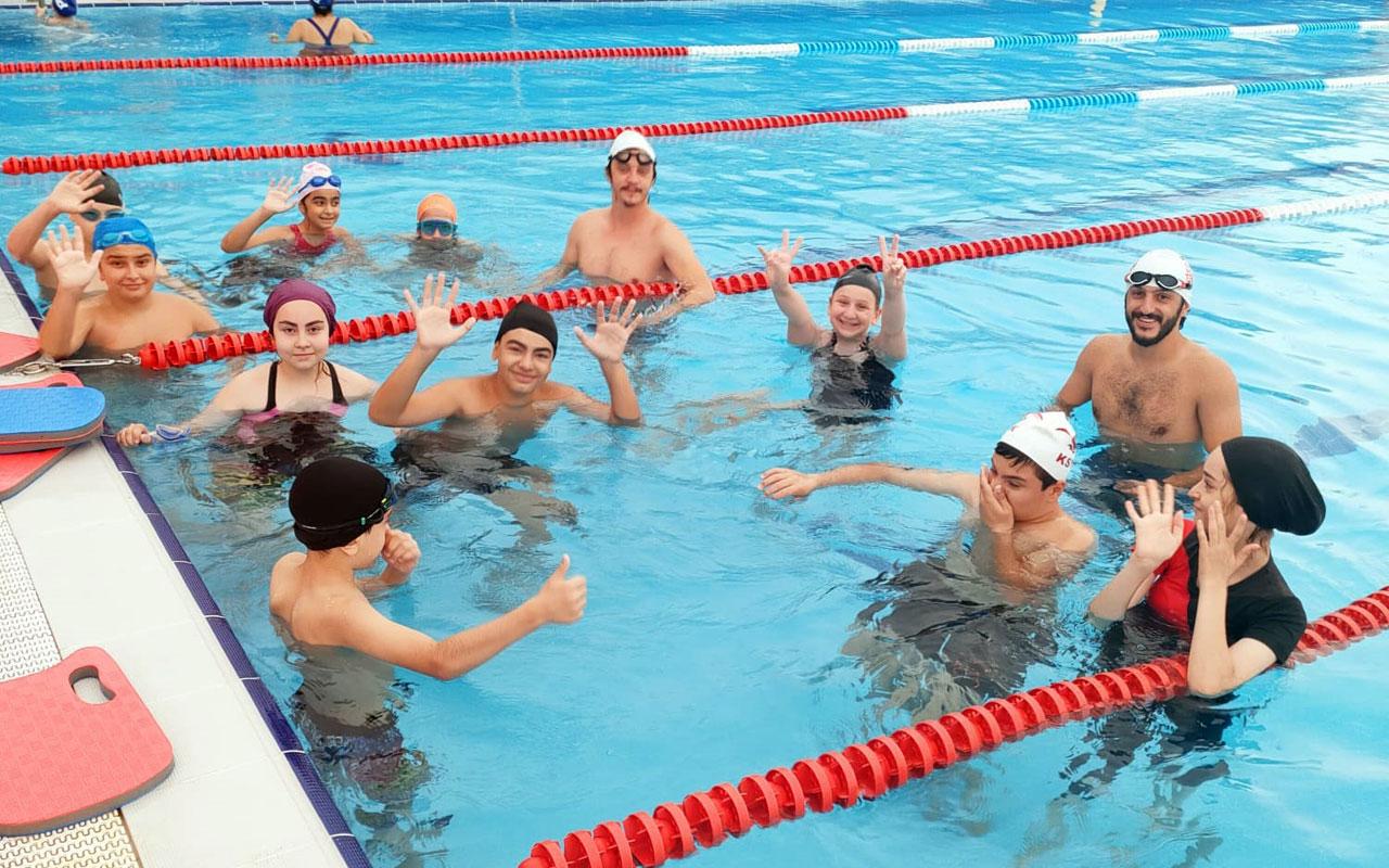 Kocaeli İzmit'te yüzme kurslarına devam