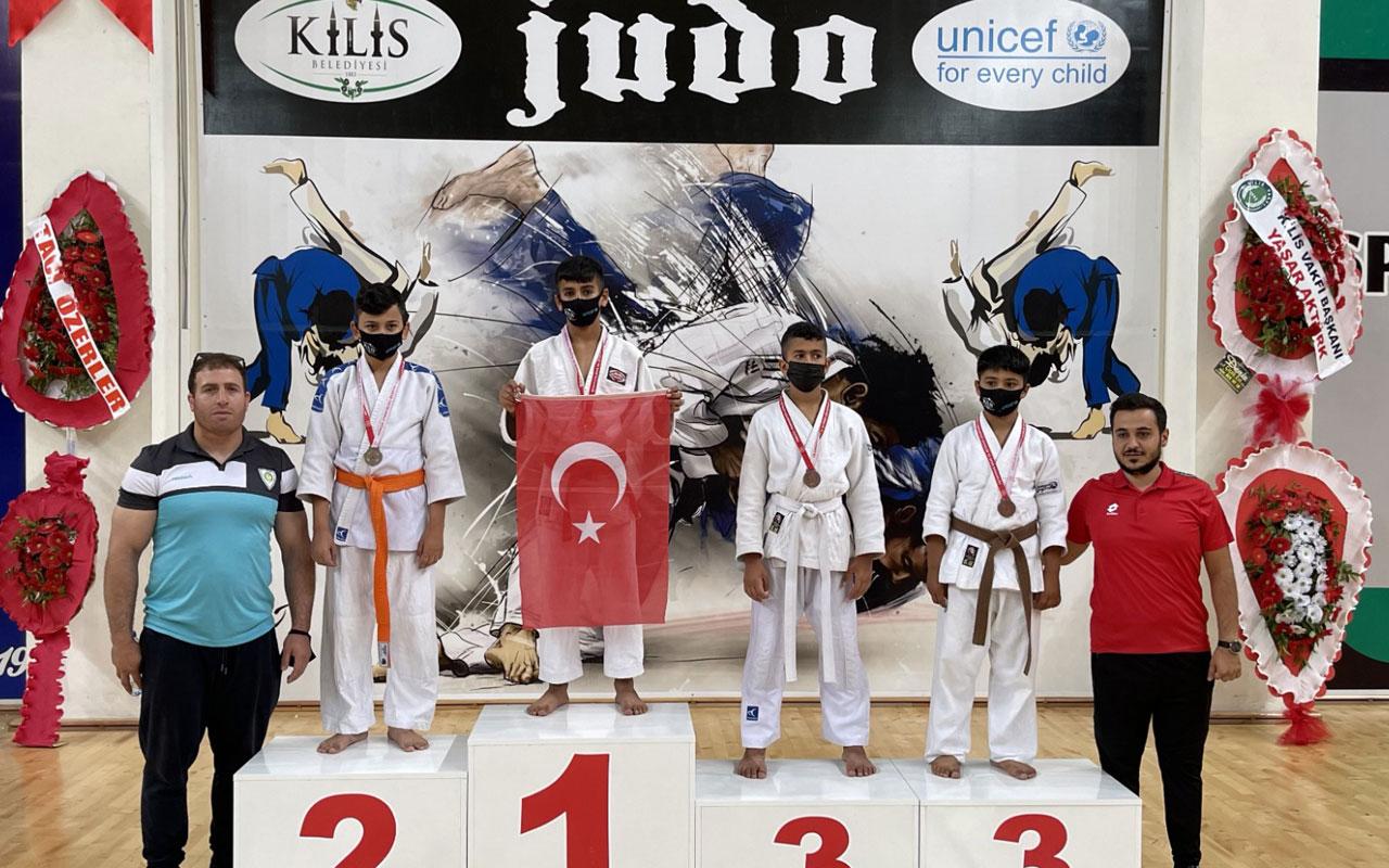 Manisalı judocular Kilis'te madalyaları topladı