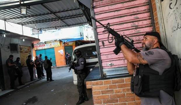 Brezilya'da uyuşturucu kaçakçılarına yapılan operasyonda 25 kişi öldü