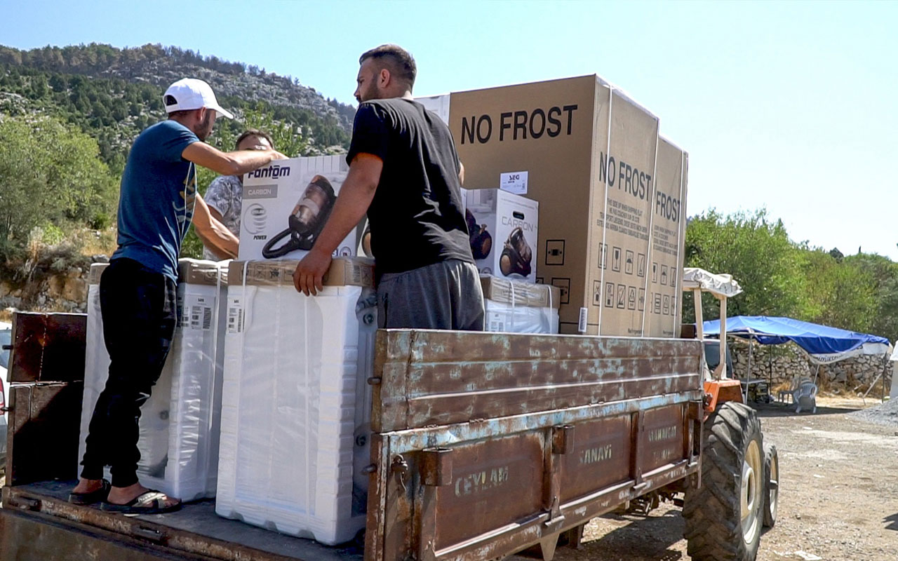 Yangın bölgelerinde Koruma Şirketleri'nden eşya desteği